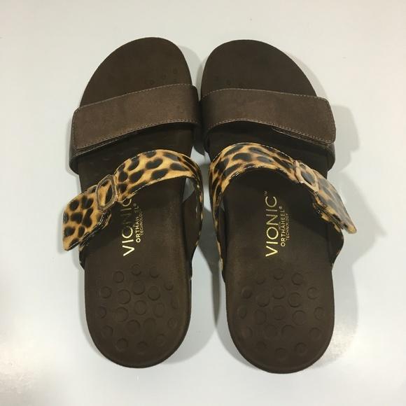 1702dcc72fb6 Vionic Orthaheel Camila Animal leopard Sandals. M 5bfd6ee845c8b3191af68238